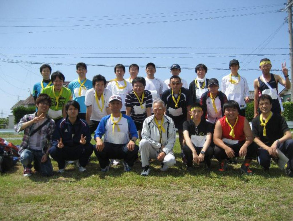 愛知支部OBチーム集合写真